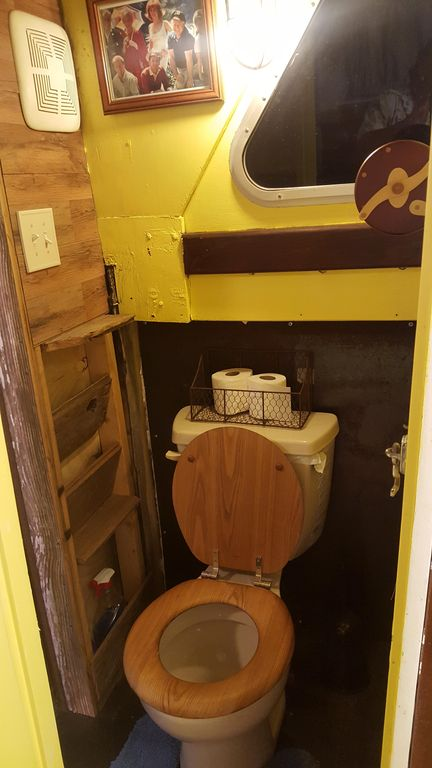 houseboat toilet