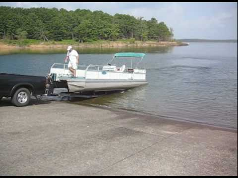 How to put a pontoon in water