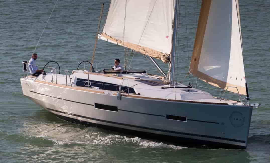 Sailboat Bahamas 1