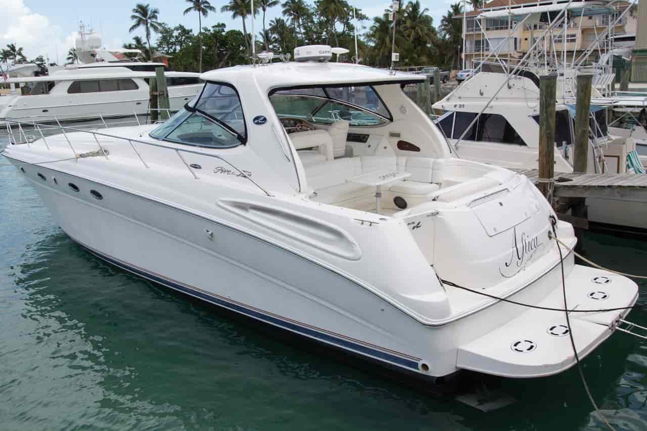 Motorboat Bahamas 2