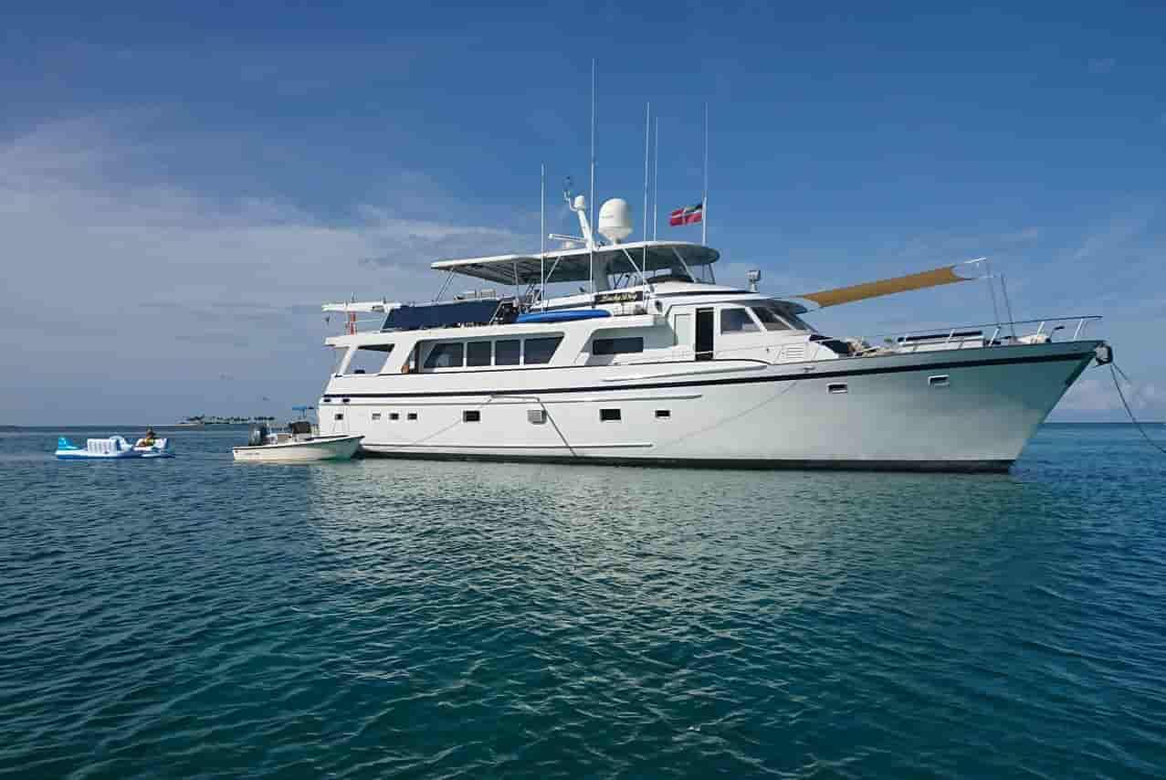 Super Yacht Bahamas