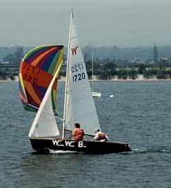 wayfarer sea sailing dinghy