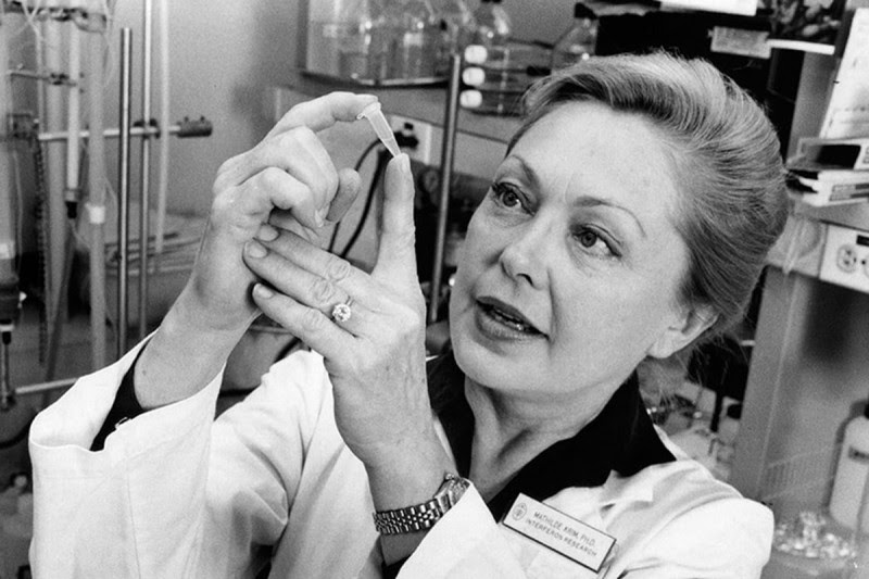 Scientist Turned Activist: How Mathilde Krim Made an Impact on the AIDS  Epidemic | Memorial Sloan Kettering Cancer Center