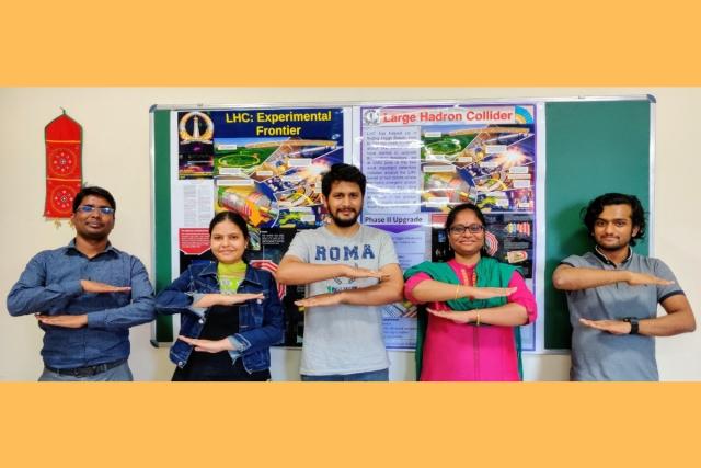 Dr Jyothsna Rani Komaragiri with her PhD students, including Lata Panwar (Photo: Jyothsna Rani K/Twitter)