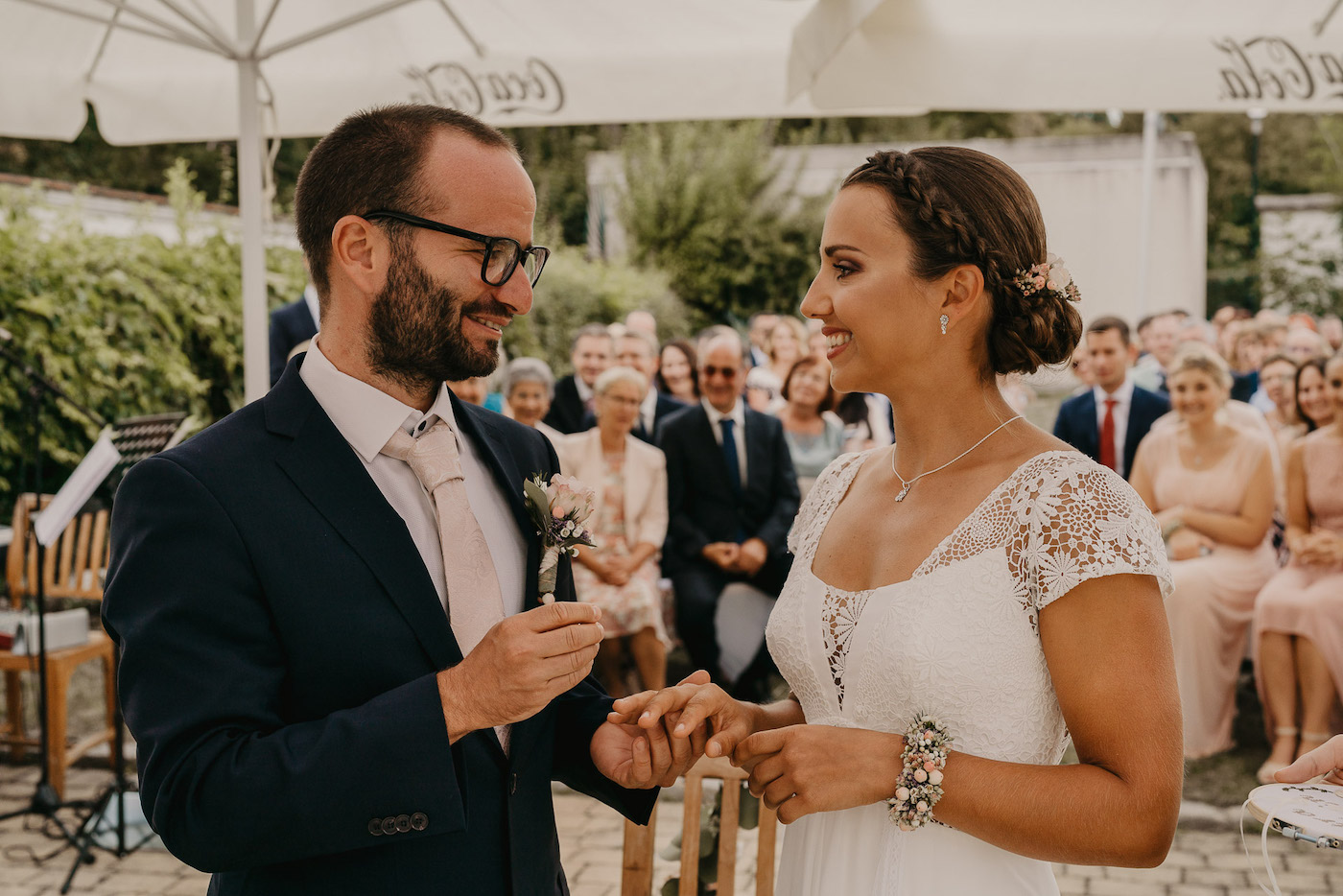 """Hochzeitsfilme und Fotos von """"EVE & GLOW"""""""