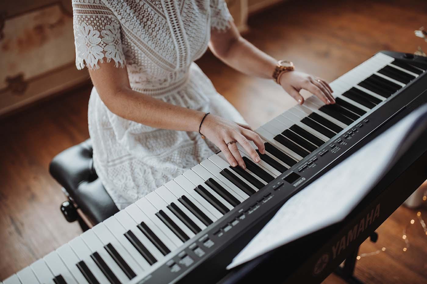 """Hochzeitssängerin """"Stimme & Klavier"""""""