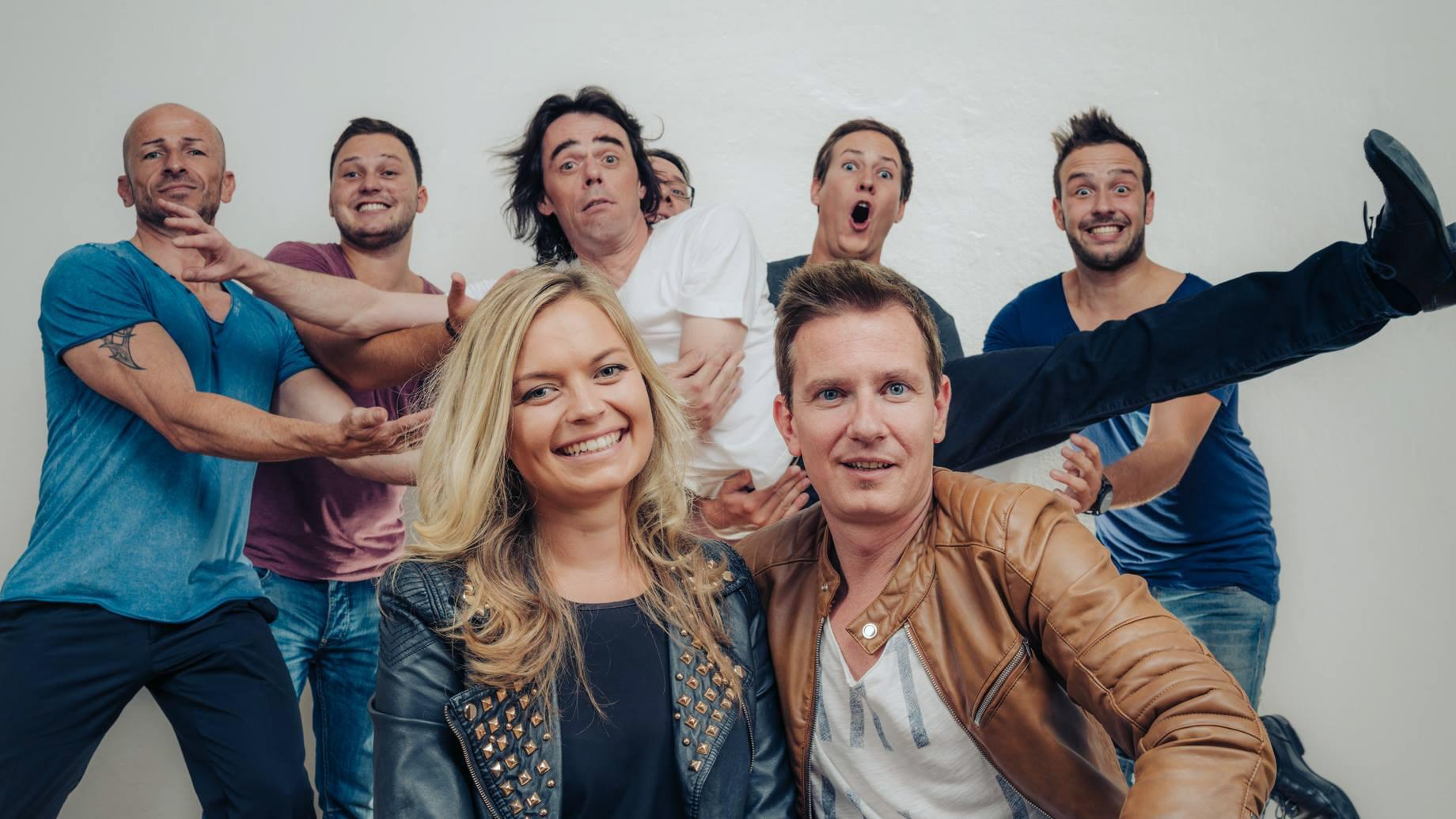 Hochzeitsband Steiermark Izajar Coverband Graz Ballmusik