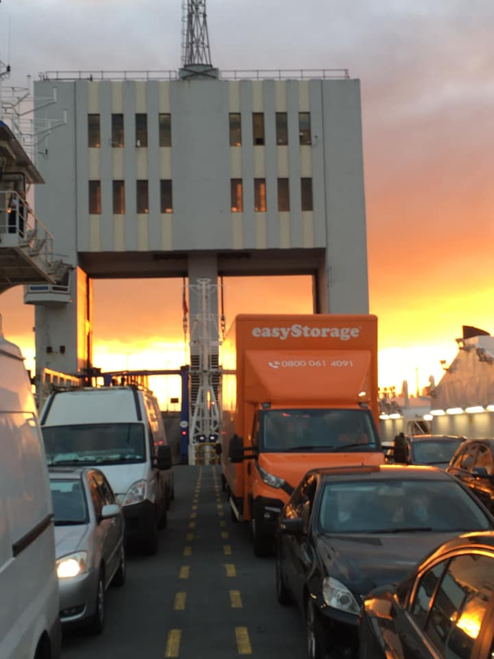 easyStorage truck London Sunset