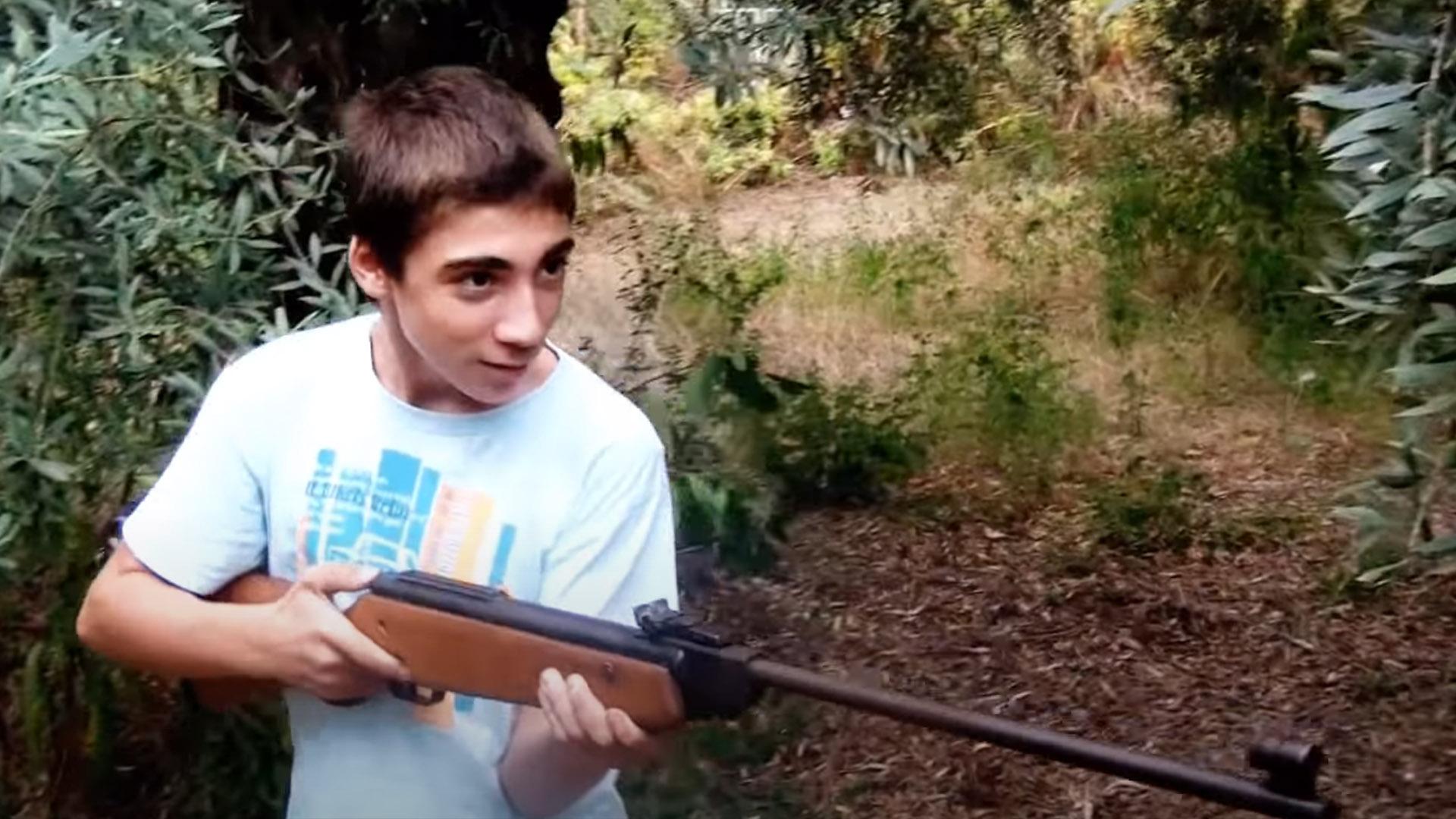 Ο Τρελός Με τ' Όπλο