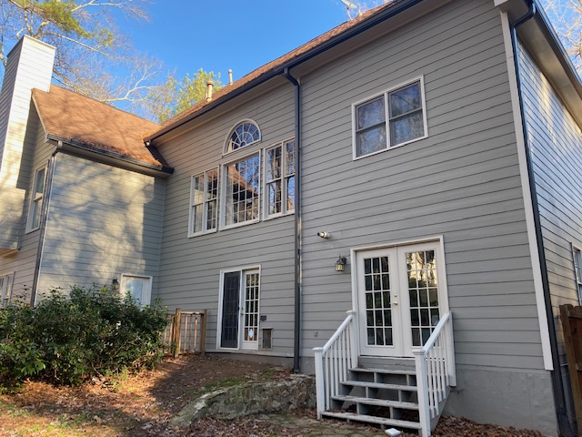 New siding and paint on home in Alpharetta Georgia