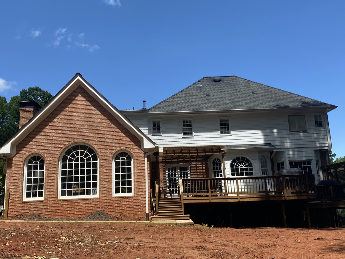 Brick house in Alpharetta needs a fresh look