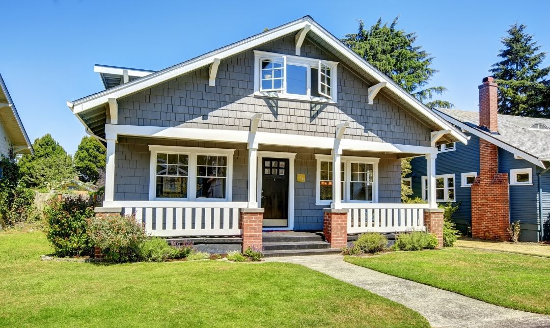 Ways To Make Your Home's Wood Siding Last Longer