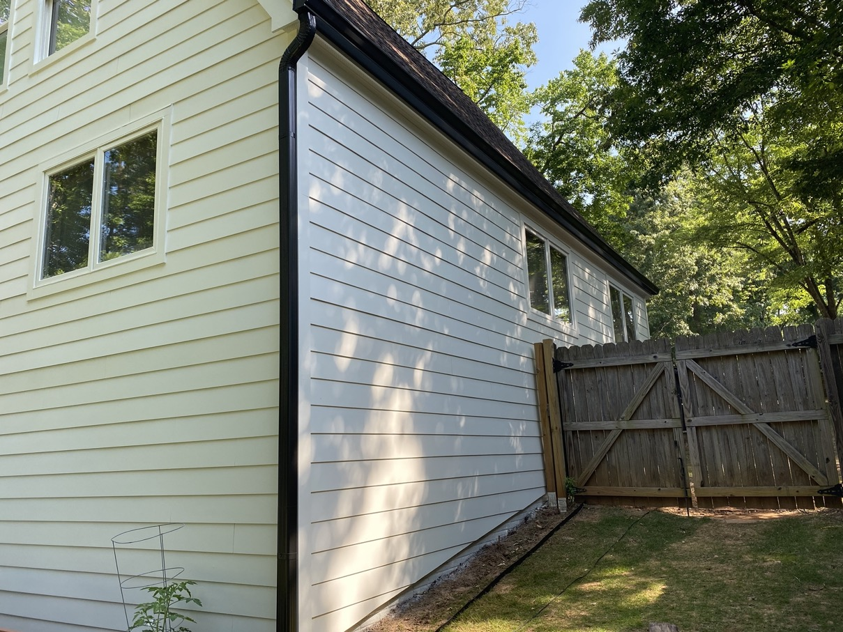 Roswell Smooth Siding Home