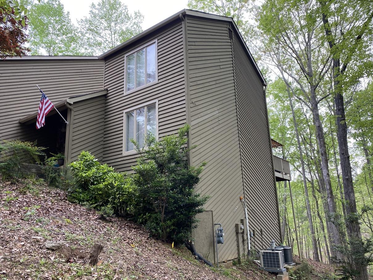 Lake lanier cedar shake siding side house
