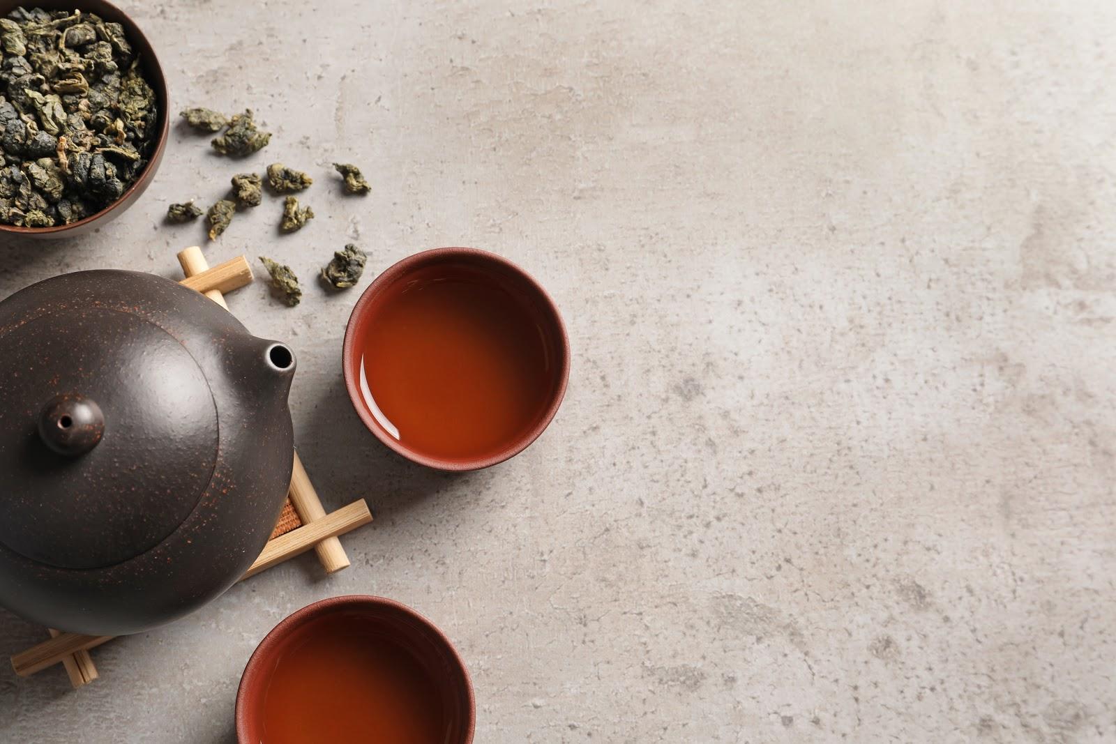 tieguanyin tea in pot