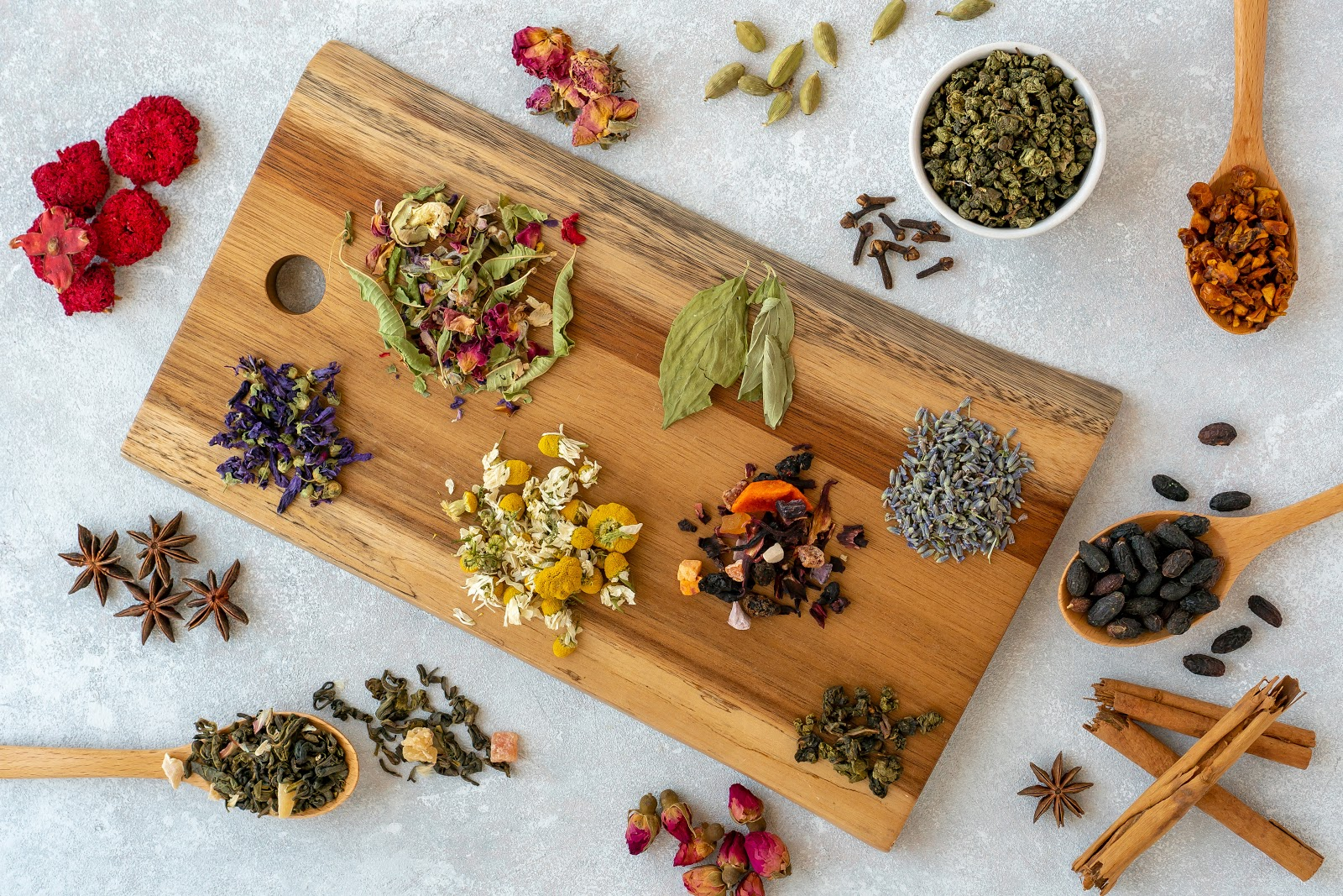 tea sampler on cutting board