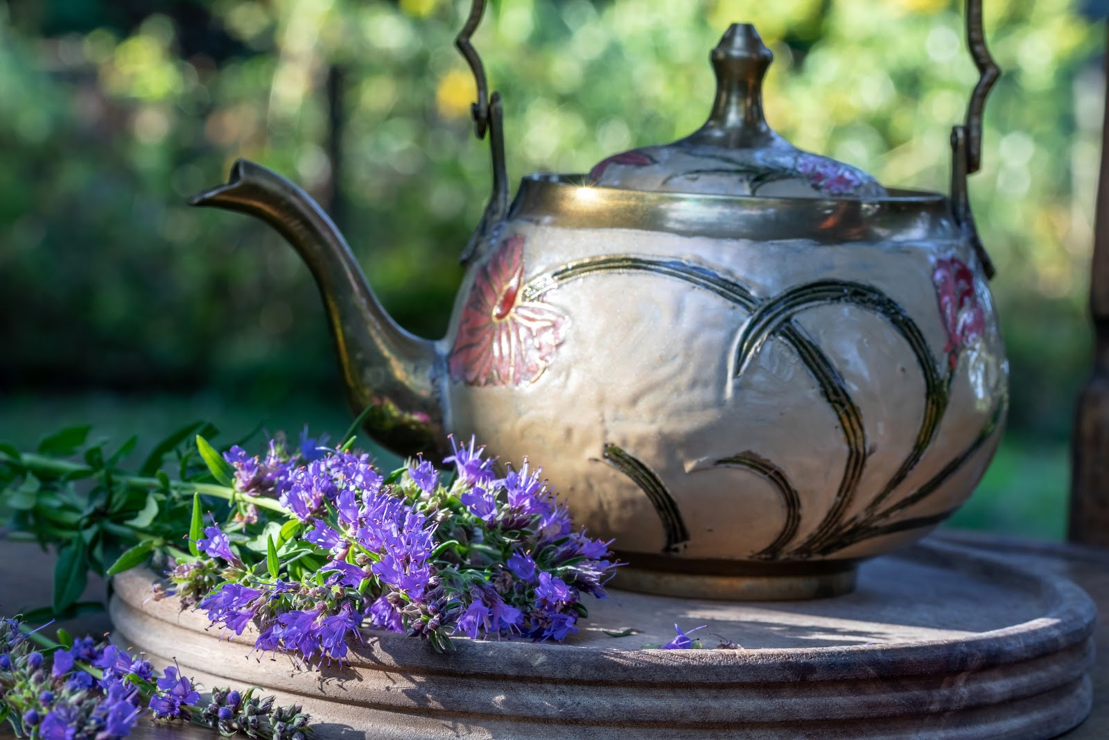 hyssop tea and teapot