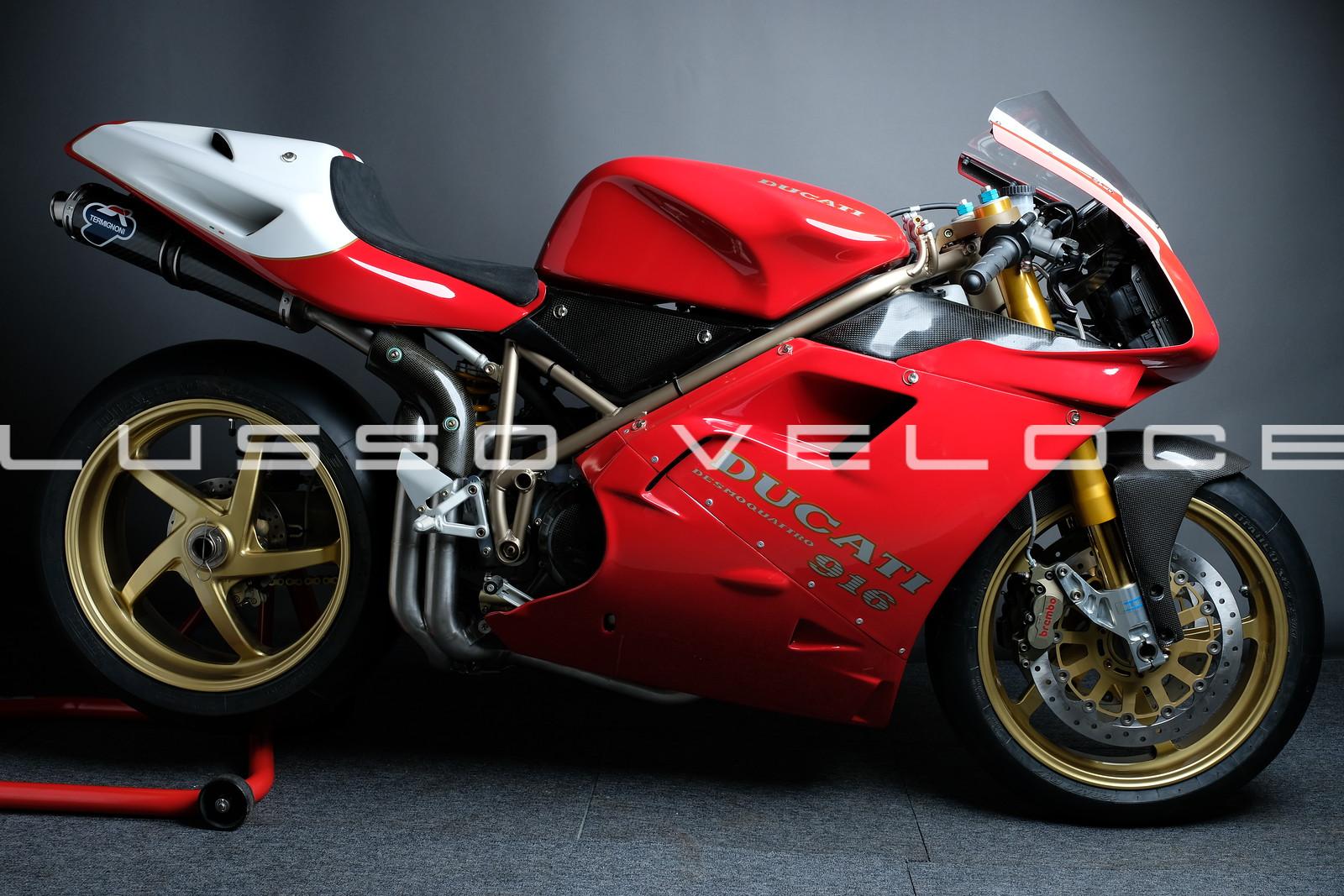 Ducati 955 RS Corse racing
