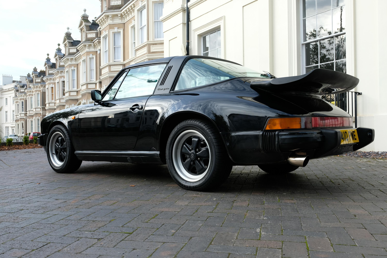 Porsche Targa 3.2