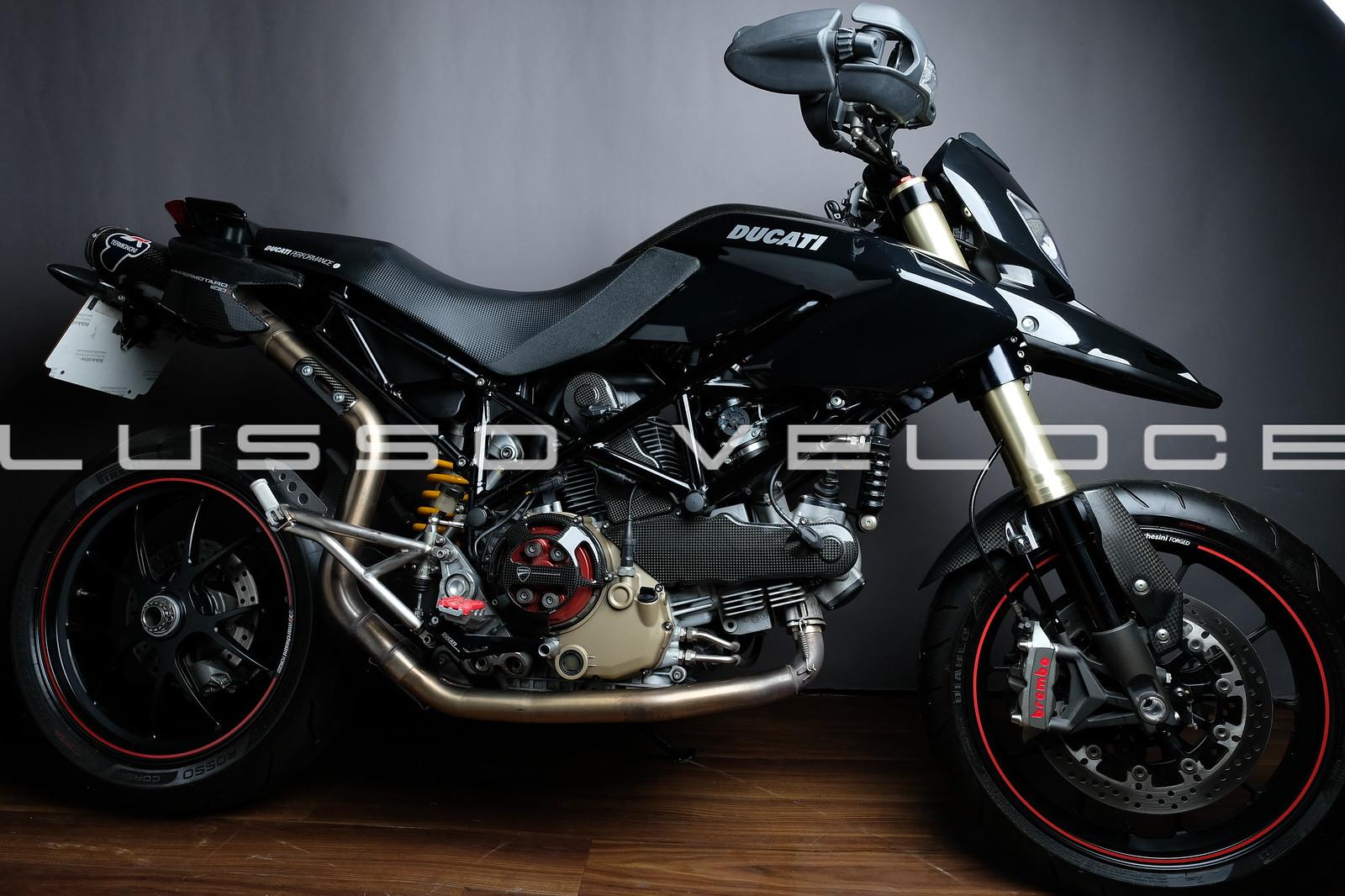 Ducati 1100S Hypermotard