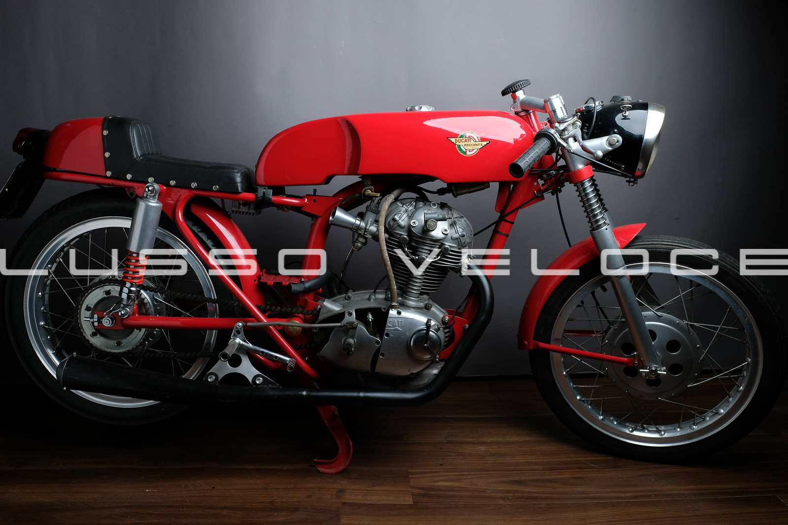 Ducati 250 cafe racer