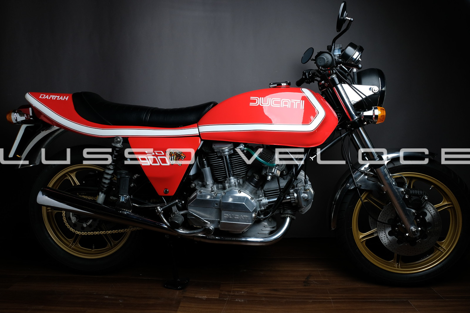 Ducati Darmah 900 Bevel