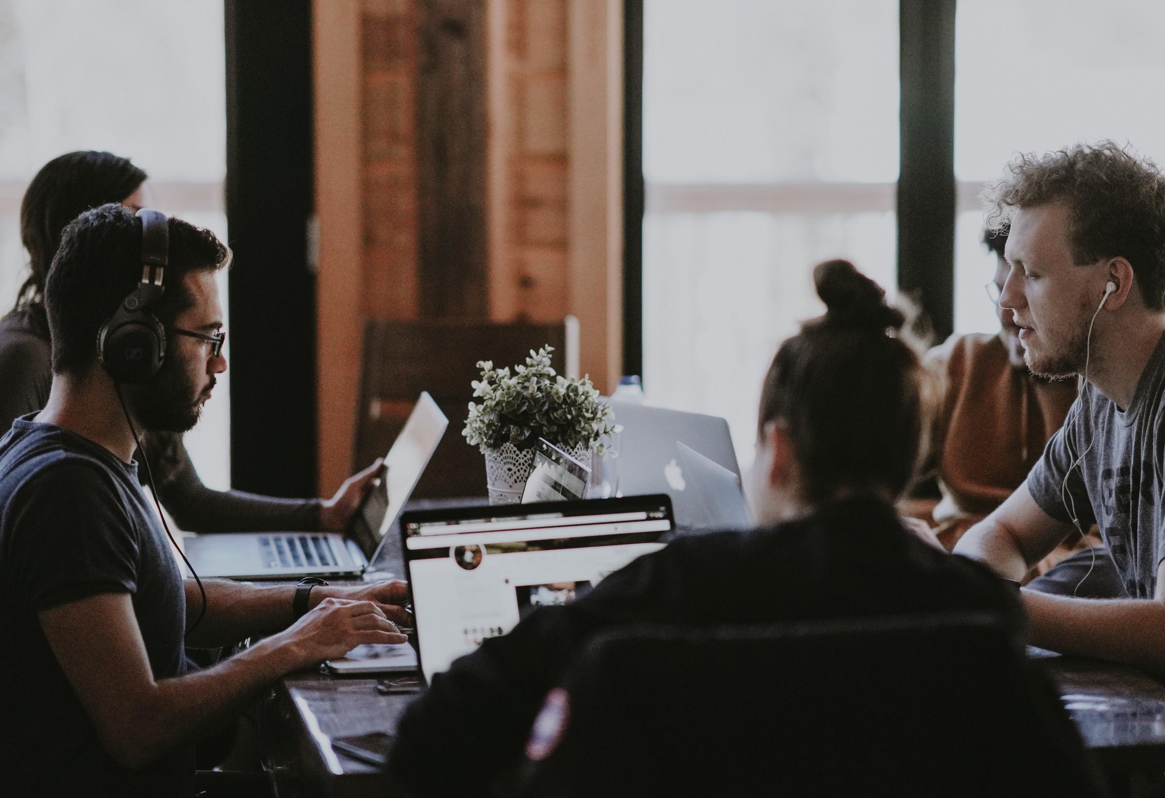 3 Bottlenecks That Slow Down Your UX Writing Workflow