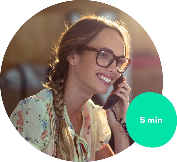 Žena zákaznické linky Zaloto, volá klientovi do 5 minut