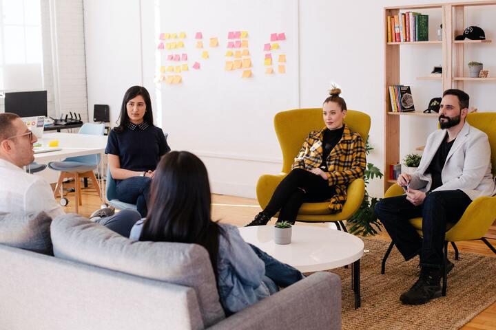 Pourquoi choisir de travailler en collectif en tant que Freelance ?