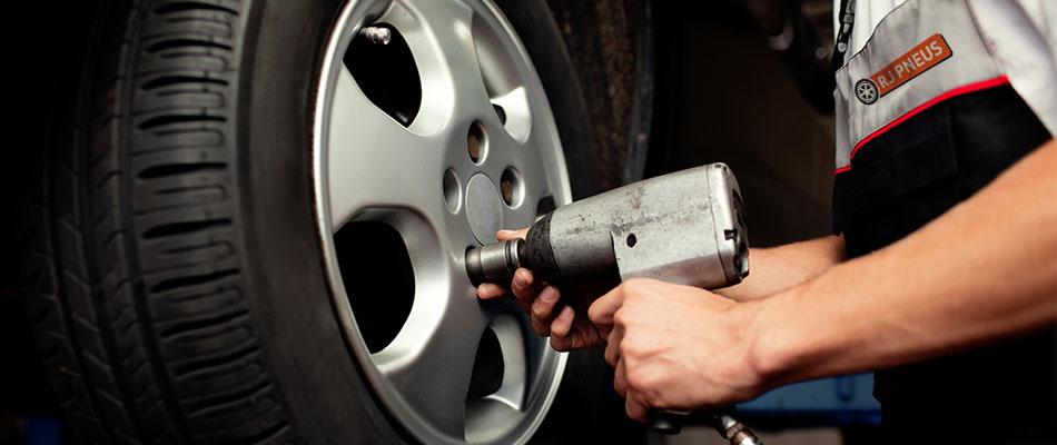 Quando devo trocar os pneus do meu carro?