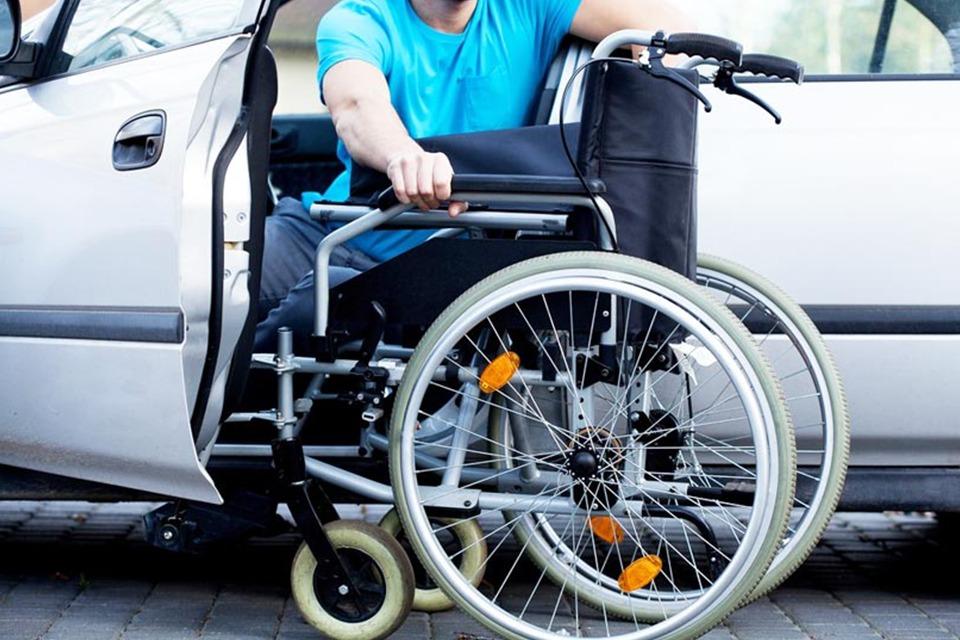 Entenda como funciona a compra de carros para pessoas com deficiência