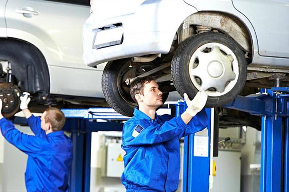 Quando fazer alinhamento e balanceamento do carro?