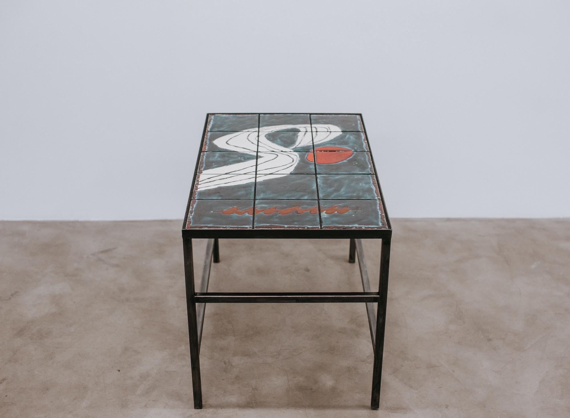 Table #1, Stevie Dix, ceramic, enamel and wrought iron, 48x80x53 cm, 2020 © GALERIE CHLOE SALGADO and Stevie Dix