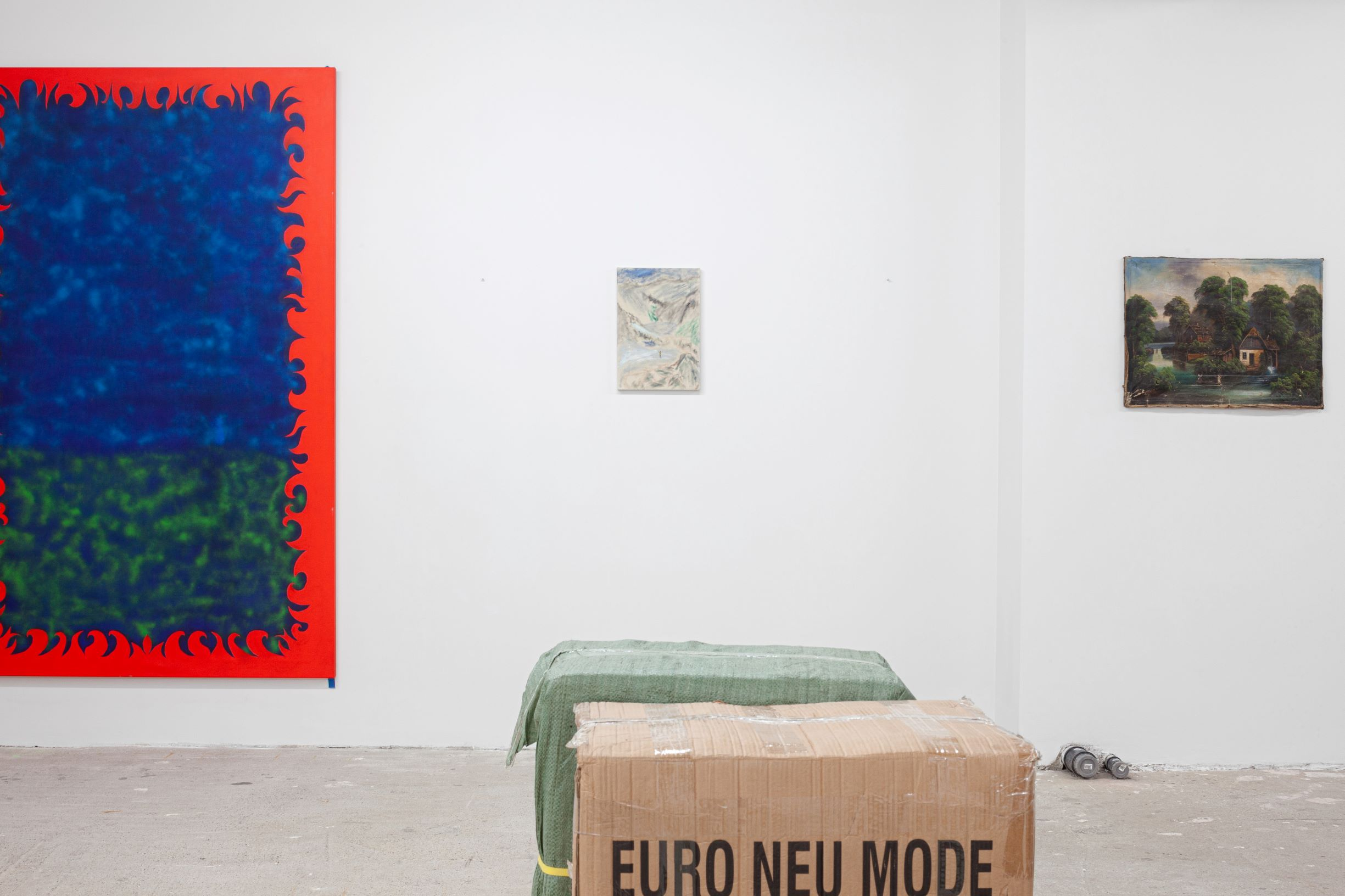 Gallery shots by Sylvia Cappellari, Euro Neu Mode, Everyday Gallery, 2020