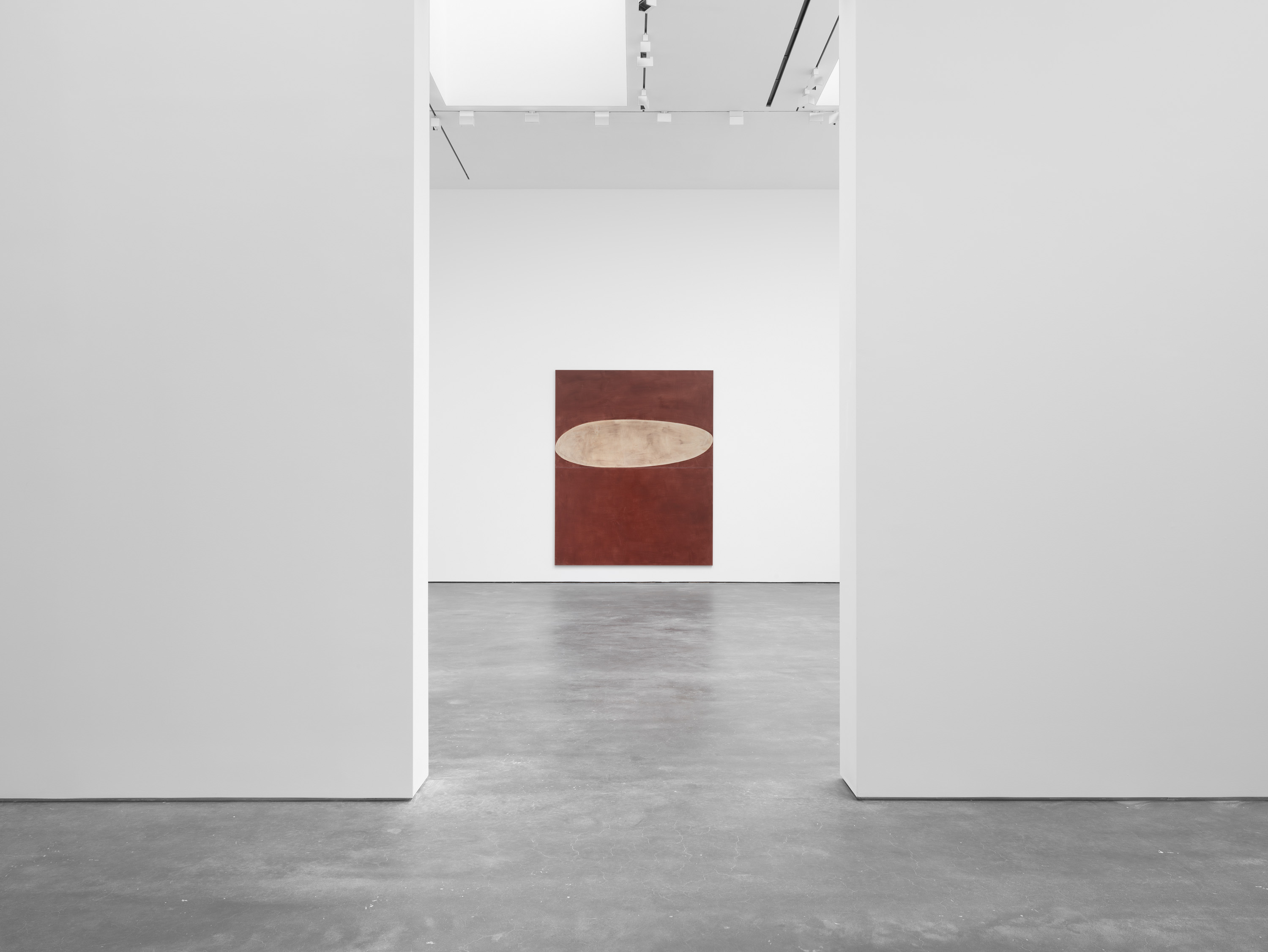 Installation view 2, Suzan Frecon: oil paintings, David Zwirner, New York, 2020 Courtesy David Zwirner
