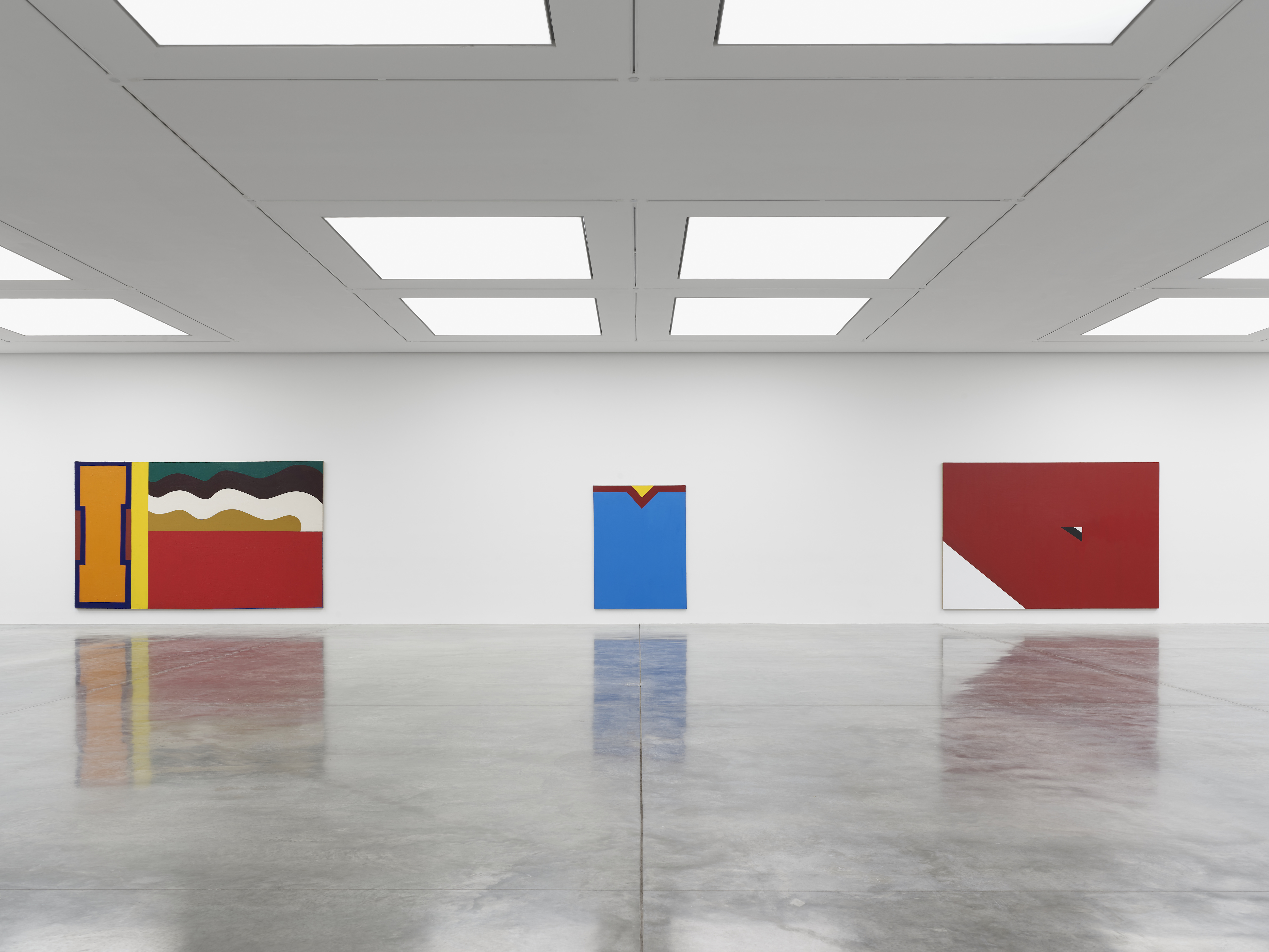 Installation view 4, 'Al Held: The Sixties' © the artist. Photo © White Cube (Theo Christelis)