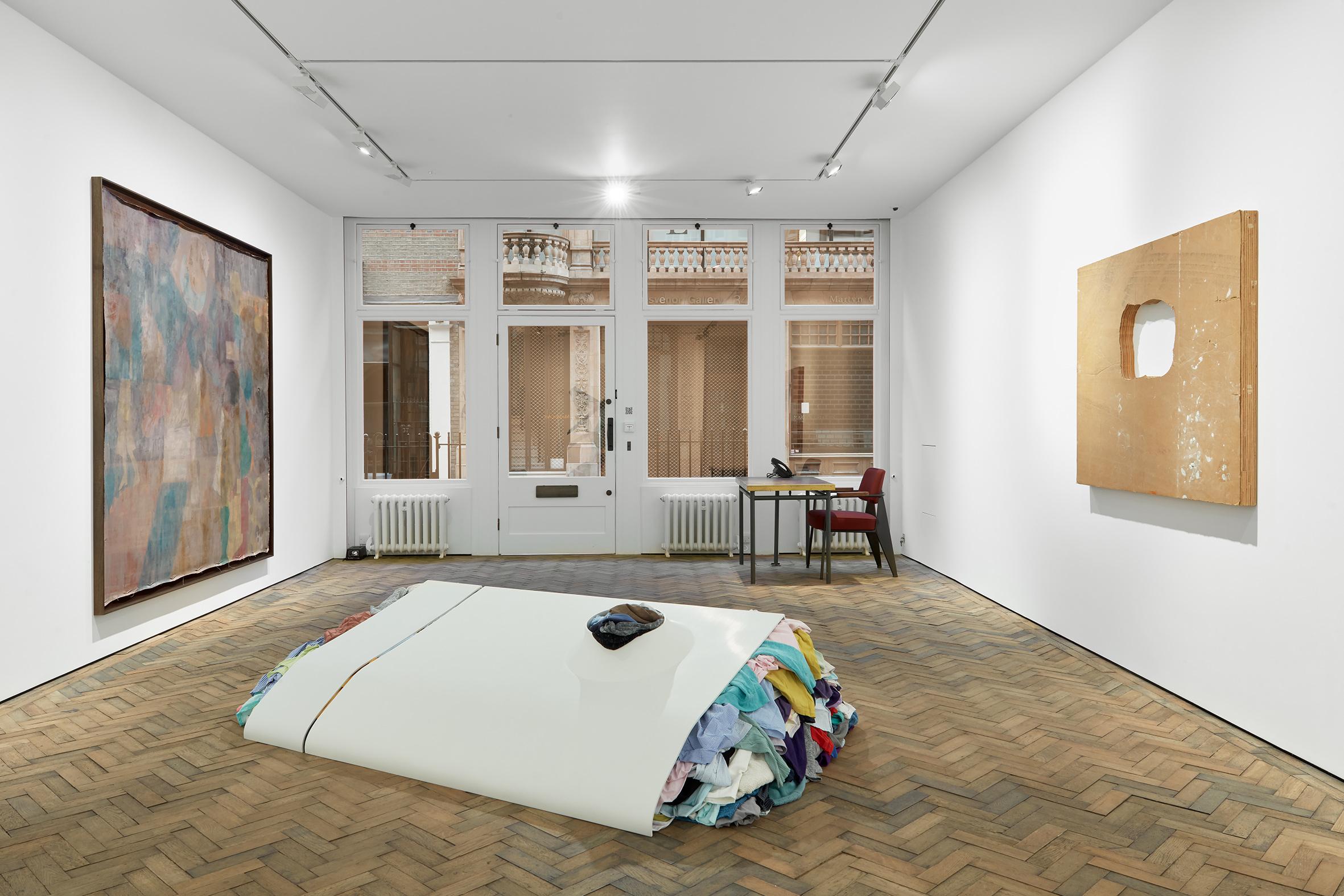 Group Show, exhibition view, Modern Art, Bury Street, London, 25 February - 17 April 2021. Photo: Robert Glowacki. Courtesy of Modern Art, London