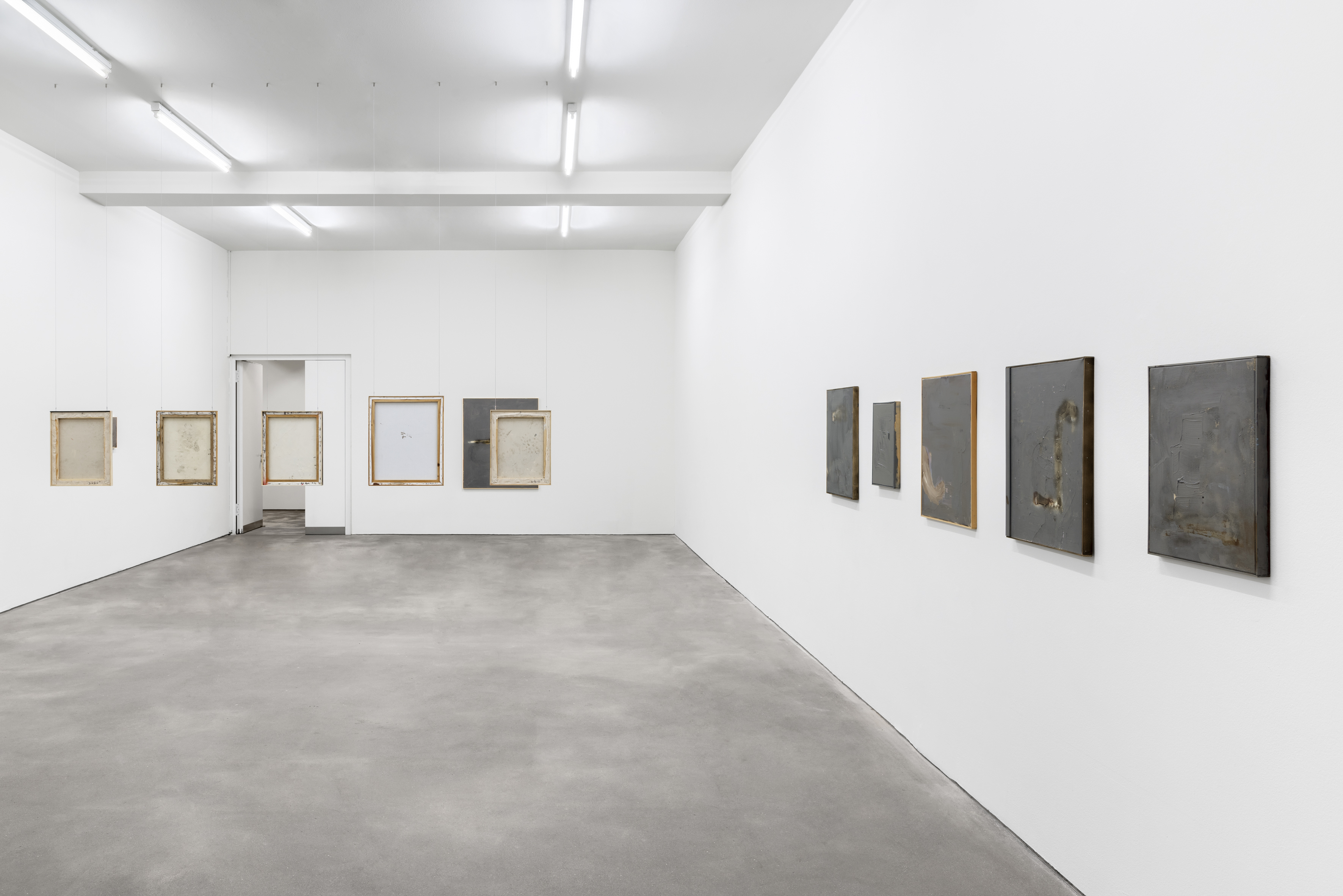Installation view, David Ostrowski, It can't be that cold, March 3–April 10, 2021, Sprüth Magers, Berlin © David Ostrowski Courtesy Sprüth Magers Photo: Ingo Kniest