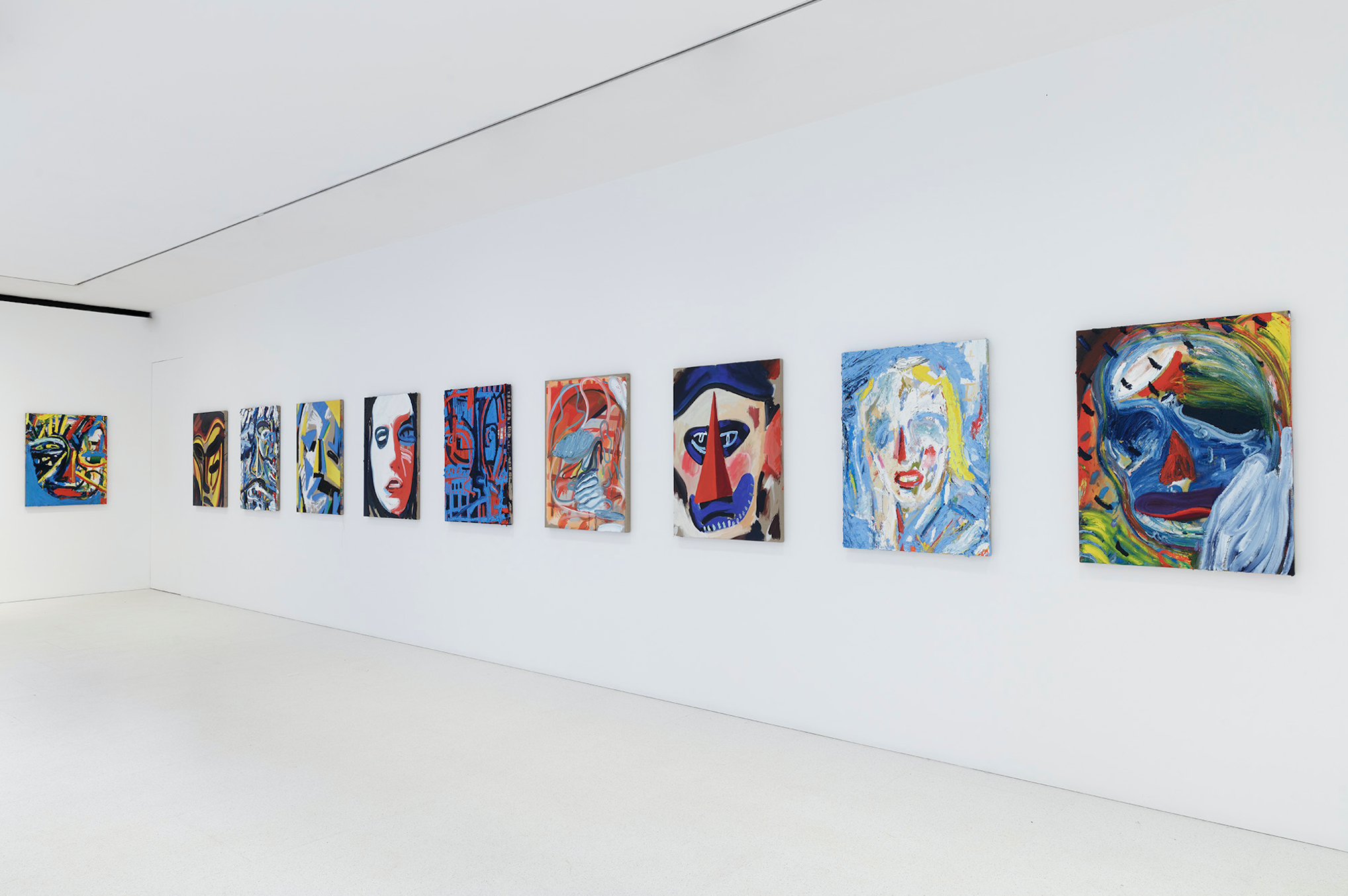 Spencer Sweeney: Queue, installation view, 2021 © Spencer Sweeney Photo: Lucy Dawkins Courtesy Gagosian