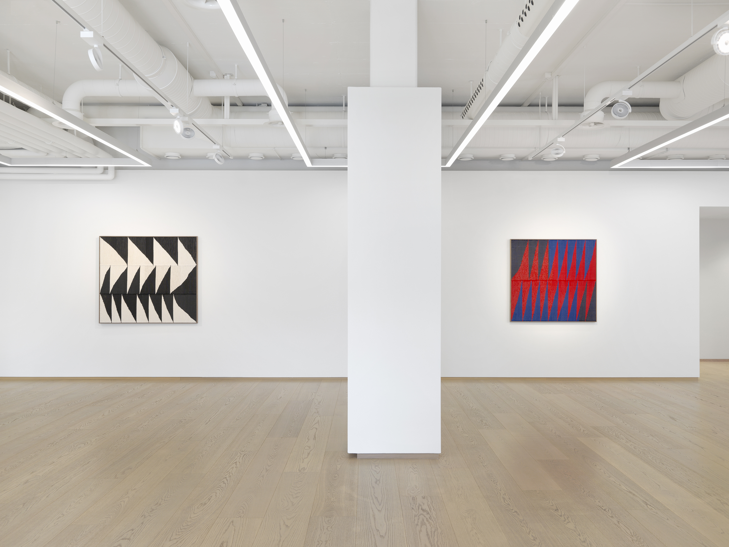 Installation View, Brent Wadden: Take What You Need, March 26 – May 15, 2021, Pace Gallery, Geneva. © Brent Wadden courtesy Pace Gallery and Peres Projects, Berlin. Photo: Annik Wetter, courtesy Pace Gallery