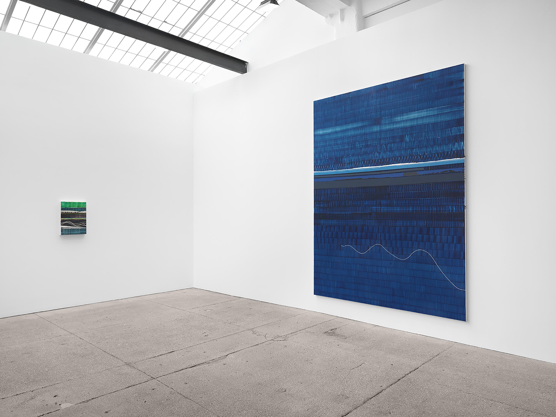 Installation view: Juan Uslé: HORIZONTAL LIGHT, Galerie Lelong & Co., New York, May 21 – July 2, 2021. Courtesy Galerie Lelong & Co., New York.