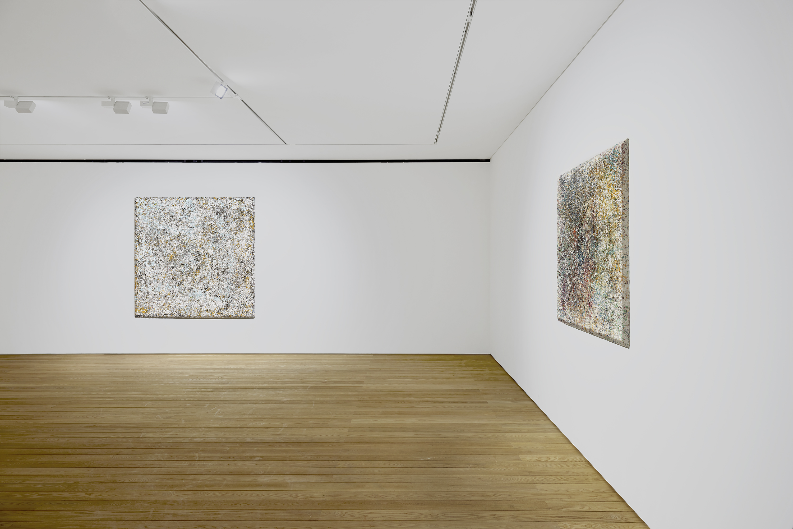 Installation view: Sam Gilliam 2-3/F, 267 Itaewon-ro, Yongsan-gu, Seoul May 27 – July 10, 2021. Photography courtesy of Pace Gallery.