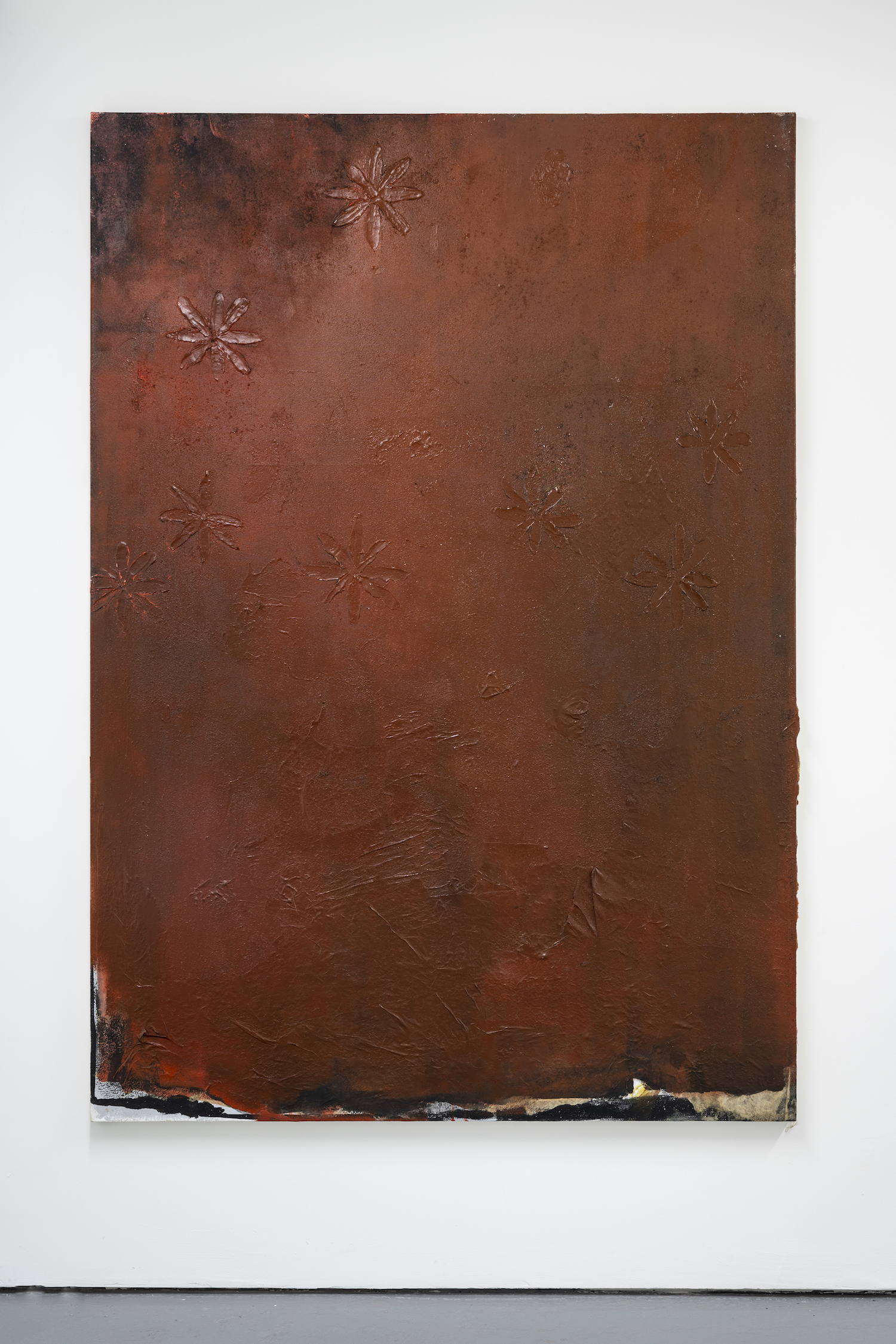 Luca Longhi, 'Lontano Lontano e tanto tempo fà' 2020. Oil, acrylic, gesso, white emulsion, paper, sawdust and granite dust on canvas, 180 x 127cm. Photo credit: Damian Griffiths