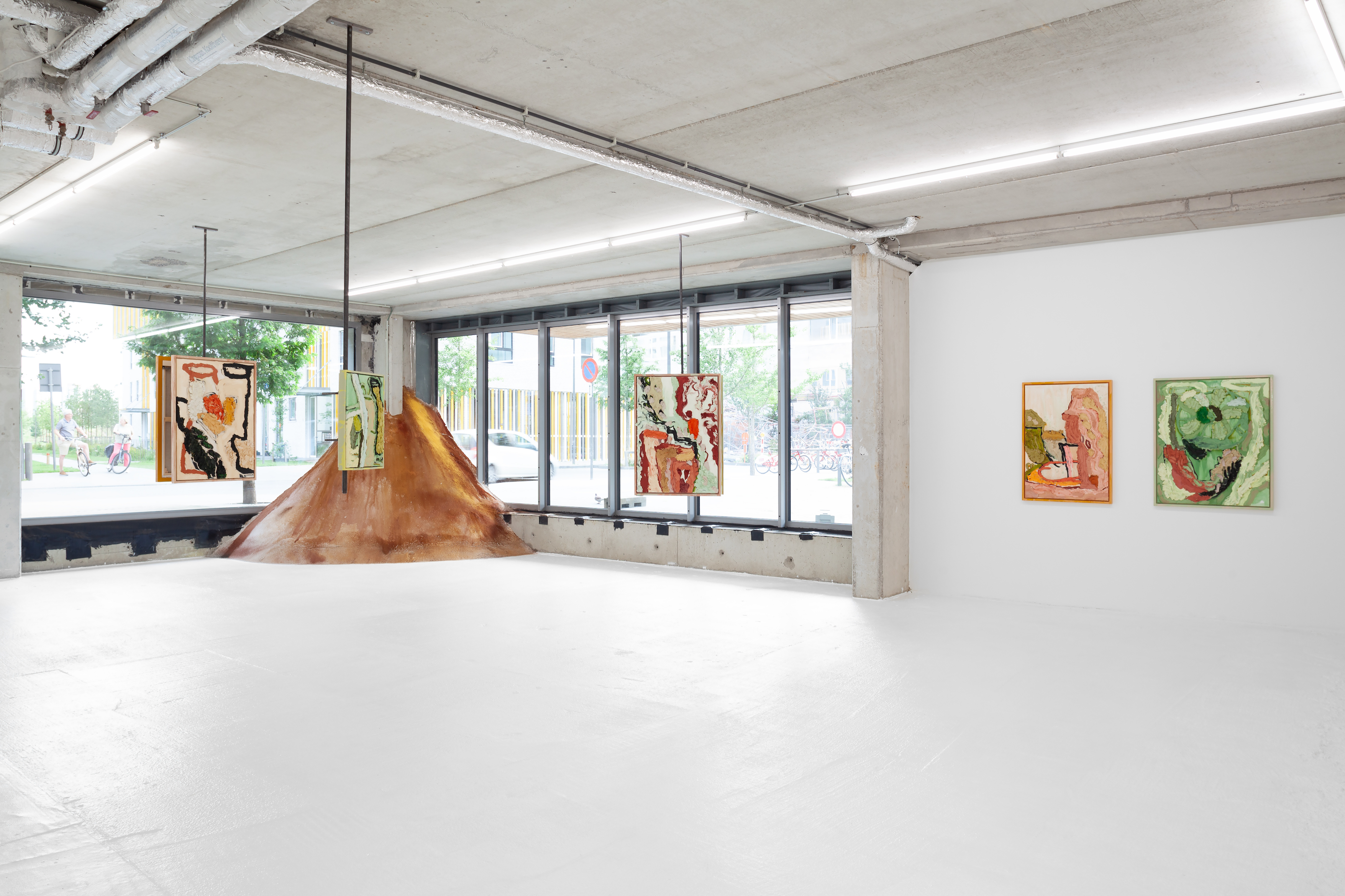 Soil Is Concrete, Everyday Gallery, Antwerp, 2021, Courtesy of the Artist and the Gallery