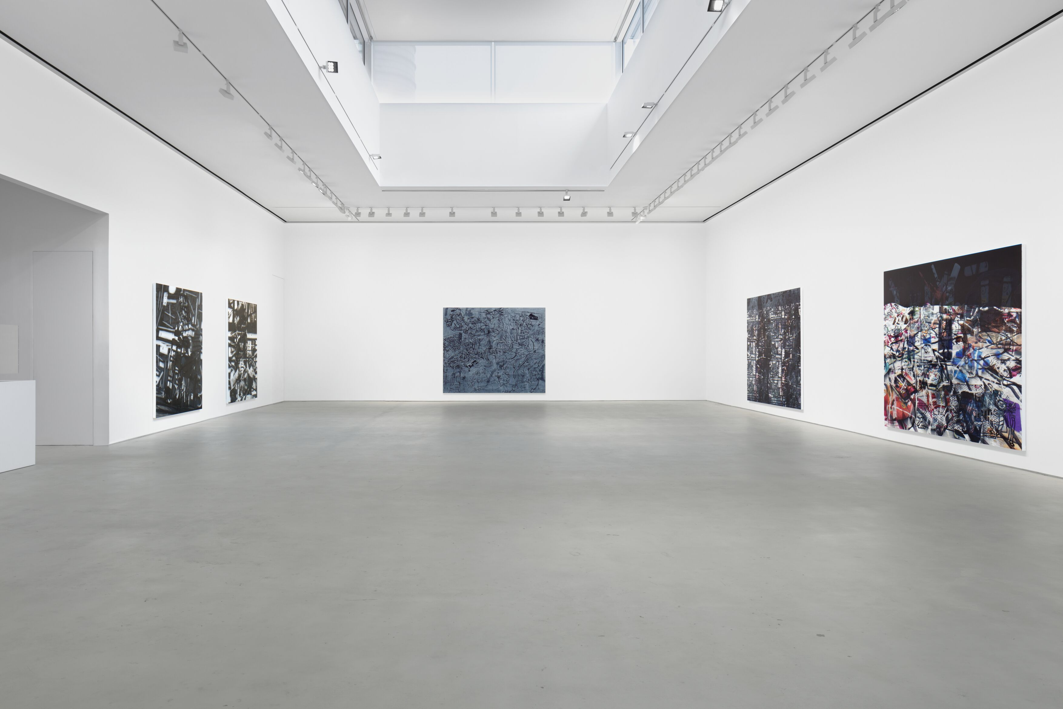 Installation view, 'Avery Singer. Reality Ender,' Hauser & Wirth New York, 22nd Street, 2021. Picturing: 'Studio,' 2019; 'Sculptor,' 2021; 'Wojack Battle Scene,' 2021; 'Technique,' 2021; 'China Chalet,' 2021, © Avery Singer, courtesy the artist, Hauser & Wirth, and Kraupa-Tuskany Zeidler, Berlin Photo: Lance Brewer