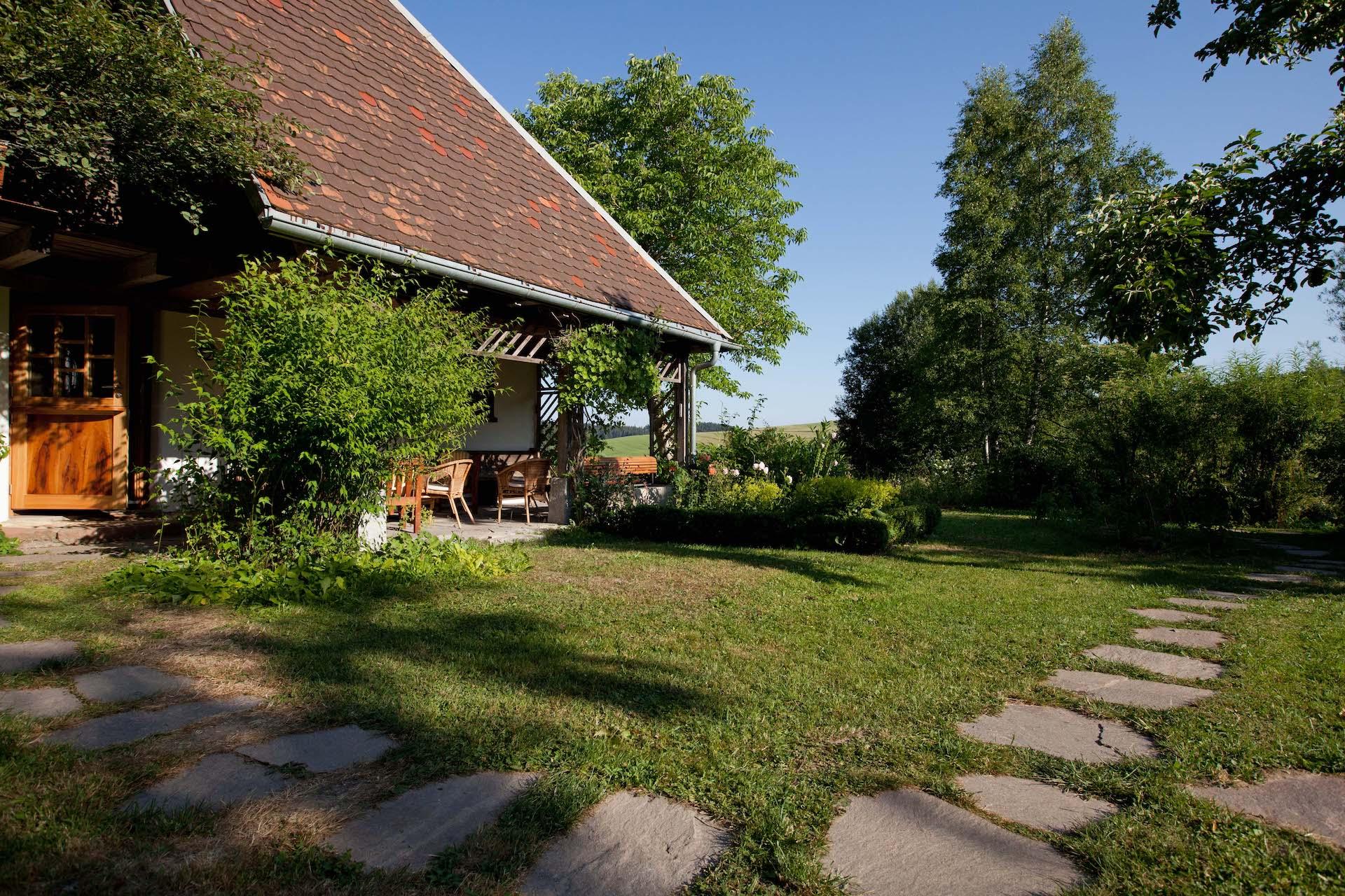 schwarzwald hotzenhaus sommer johanneshof zen meditation zazen buddhismus dharma sangha