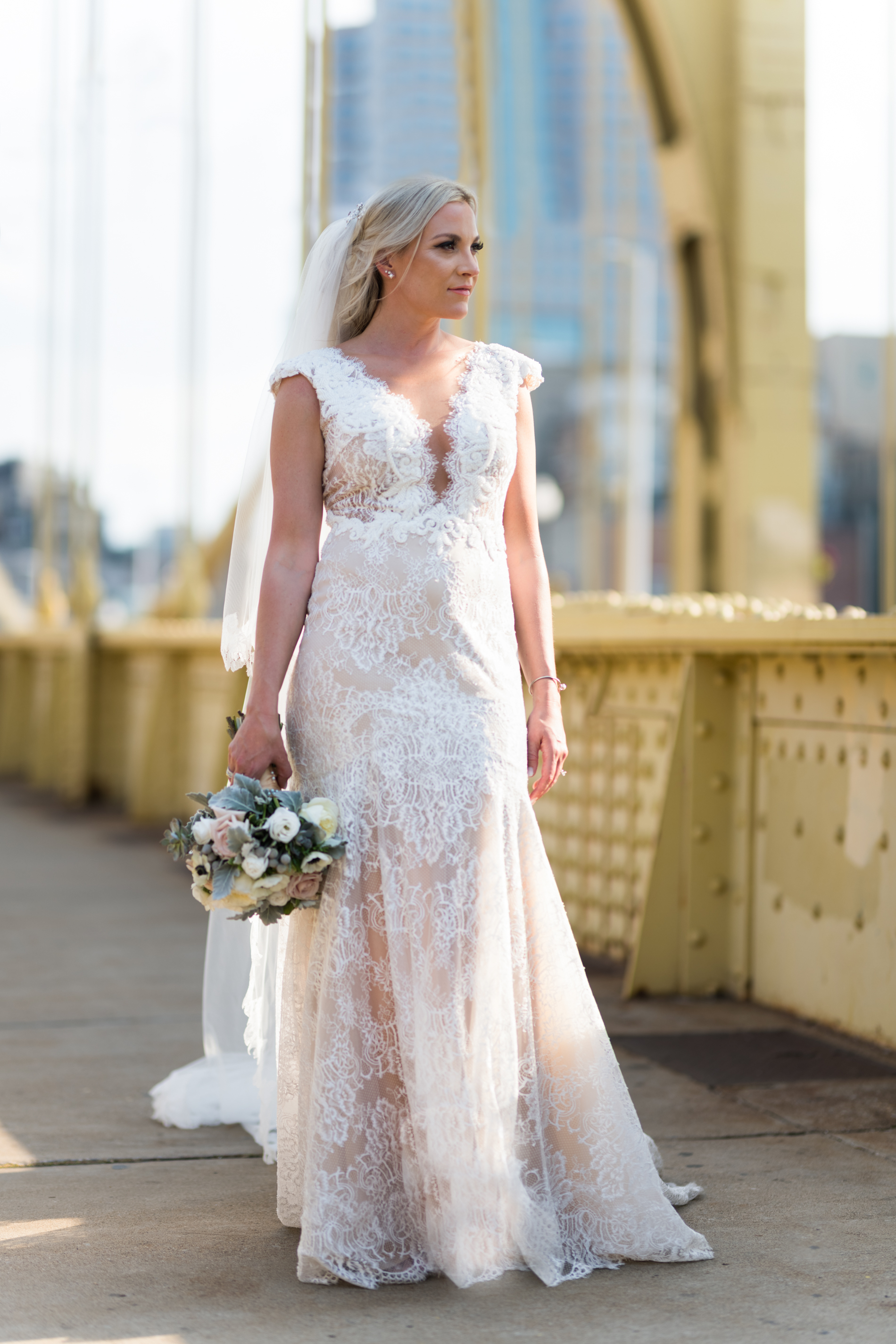 Pittsburgh Wedding Photographer Bride Clemente Bridge