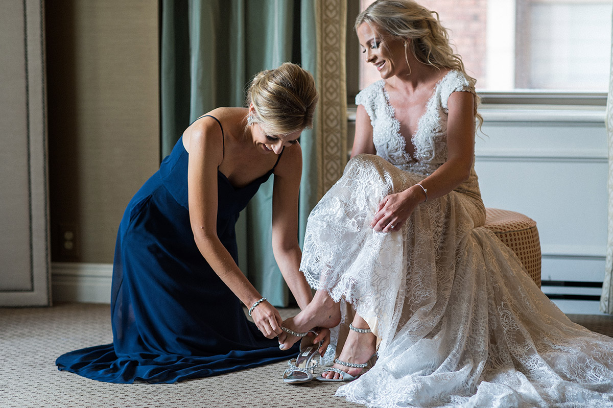 Pittsburgh Wedding Photographer Omni William Penn Bridal Prep