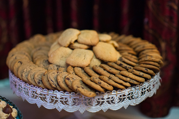 Pittsburgh Wedding Photographer Omni William Penn Cookies