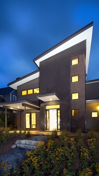 100556-serenbe-lane-contemporary-exterior-atlanta-lg-squared-inc-proud-green-home-front